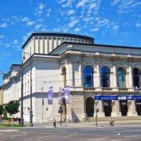 Городской театр (Stadttheater) :: Galina Dzubina