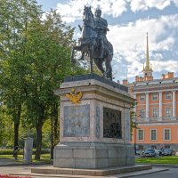 Памятник Петру I у Михайловского замка :: Александр Дроздов