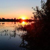 над озером :: Виктор Зенин