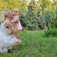 Мама и дочка :: Анна Емельянова