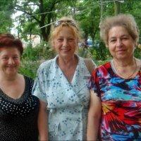 Весёлые  соседушки :: Нина Корешкова