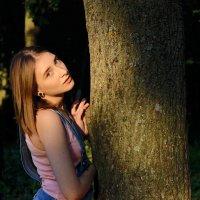 алеся в лесу :: Lana Mozheyko