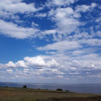 Облака над Волгой :: Александр