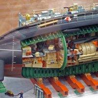 Фрагмент макета дизель-электрической подводной лодки :: Александр Петров