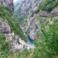 В глубине глубокого каньона :: Светлана Игнатьева