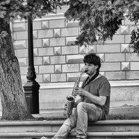 Уличный музыкант :: Вадим Sidorov-Kassil