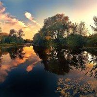 Неповторимые краски заката. река Харьков, Украина :: Максим Иванов