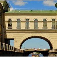 Большой (старый) эрмитаж и Зимняя канавка. :: Владимир Гилясев