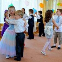 Выпускной бал в детском саду :: Ростислав