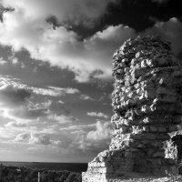 древние стены города Ашкелон :: Ефим Журбин