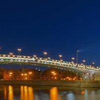У Патриаршего моста :: Alex