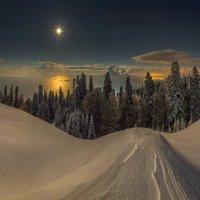 Лунное солнце. :: Фёдор. Лашков