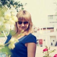 Девушка в синем :: Анна Марченко
