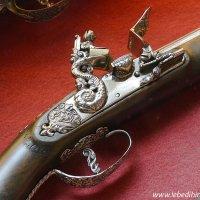 Старинное ружье :: Дмитрий Лебедихин