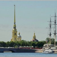 Река,крепость,корабль. :: Владимир Гилясев