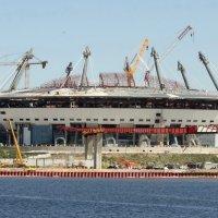 Стадион, строящийся. :: Владимир Гилясев