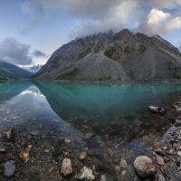 Утро на Шавлинском озере :: Дамир Белоколенко