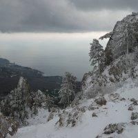 Зима в Крымских горах :: Serge