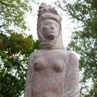 Статуя девушки :: Андрей Мышко