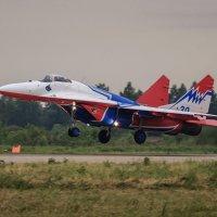 Миг-29 Стрижи, посадка :: Павел Myth Буканов