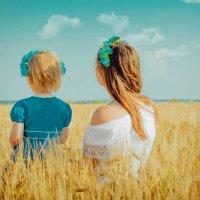 Мама с Дочкой... :: Ирина Малинина
