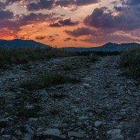 Закат над горой Агармыш :: Анатолий Мигов