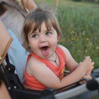 Детство-самое счастливое время :: Виолетта Мензило