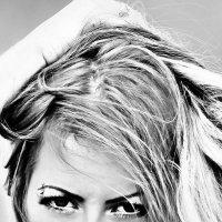 DEAN DAVENPORT PHOTOGRAPHY :: Xenia *