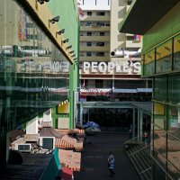 остекленевший и позеленевший Chinatown, Sigapore) :: Sofia Rakitskaia