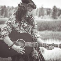 Играй гитара... :: Татьяна Банщикова