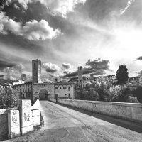 Древний городок Асколи-Печено, Италия. :: Виталий Авакян