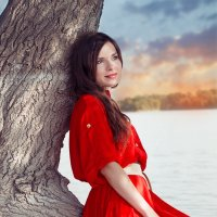 красное платье :: Анастасия Задорова