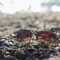 Солнце, пляж, очки :: Андрей Мирошниченко