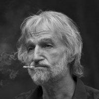 Забытая сигаретка... :: Фёдор Куракин