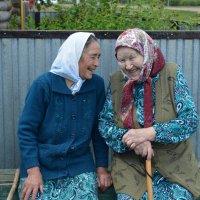 Бабушки-старушки. Им на двоих 170 лет :: Наталья