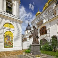 Памятник священномученику Серафиму Звездинскому :: mila