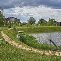 Платный водоем для ловли рыбы (Волга в нескольких метрах бесплатно). :: Михаил (Skipper A.M.)