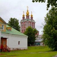 В Новодевичьем монастыре :: Владимир Болдырев