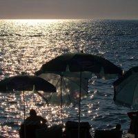 Вечер у моря... :: Александр Яковлев