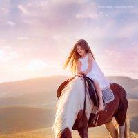 На волшебной лошадке :: Джанета Камская