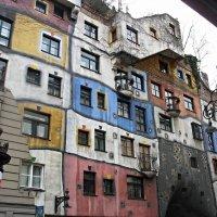 Дом Хундертвассера (нем. Hundertwasserhaus) :: Елена Павлова (Смолова)