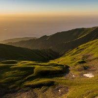 Закат в горах :: Alexey alexeyseafarer@gmail.com
