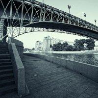 Мост через реку :: Алексей Соминский