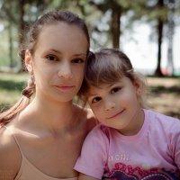 Девочка с девочкой) :: Дмитрий Строж