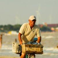 Торговец пляжный :: vcherkun
