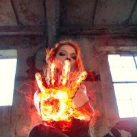 огненная рука :: Аннушка Гущина