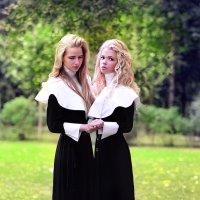 Две сестры. :: Татьяна Полянская