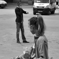 ...два мира - два жеста...город Тула... :: Ольга Нарышкова