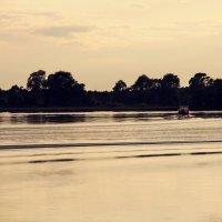 залив. лодка :: lilya_ki .