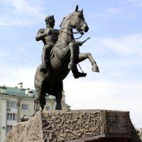 Памятник генералу Ермолову. :: Борис Митрохин